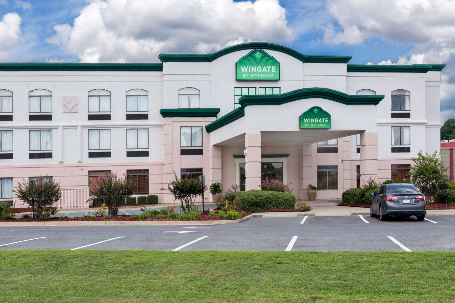 Exterior view - Wingate by Wyndham Hotel West Monroe