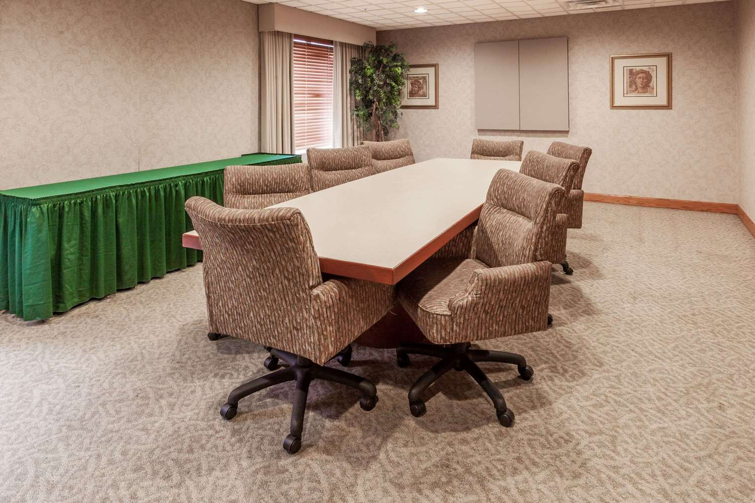 Meeting Facilities - Wingate by Wyndham Hotel Austell