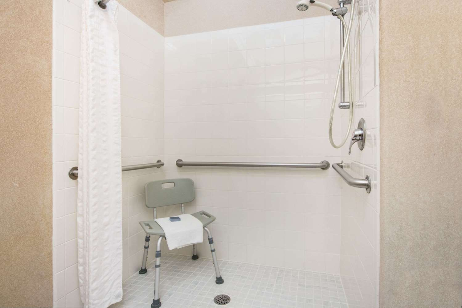 Room - Hawthorn Suites by Wyndham Airport El Paso