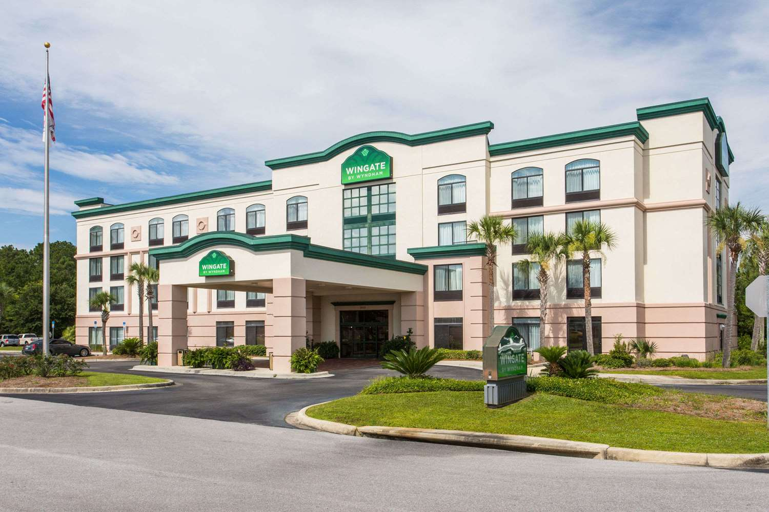 Exterior view - Wingate by Wyndham Hotel Lynn Haven
