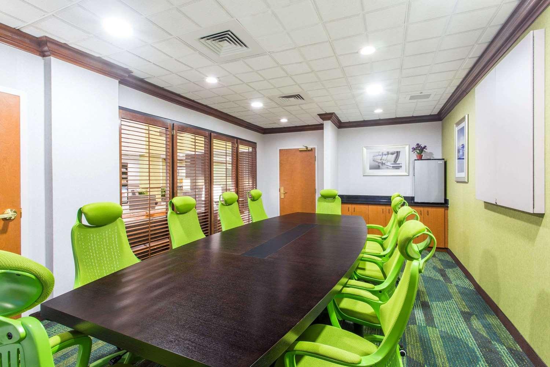Meeting Facilities - Wingate by Wyndham Hotel Lynn Haven