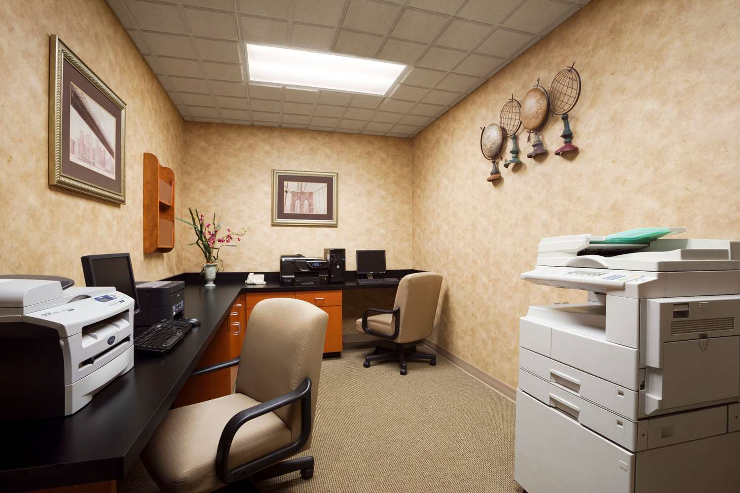 Conference Area - Wingate by Wyndham Hotel Jeffersontown
