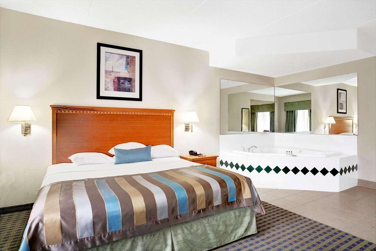 Suite - Wingate by Wyndham Hotel Fairburn