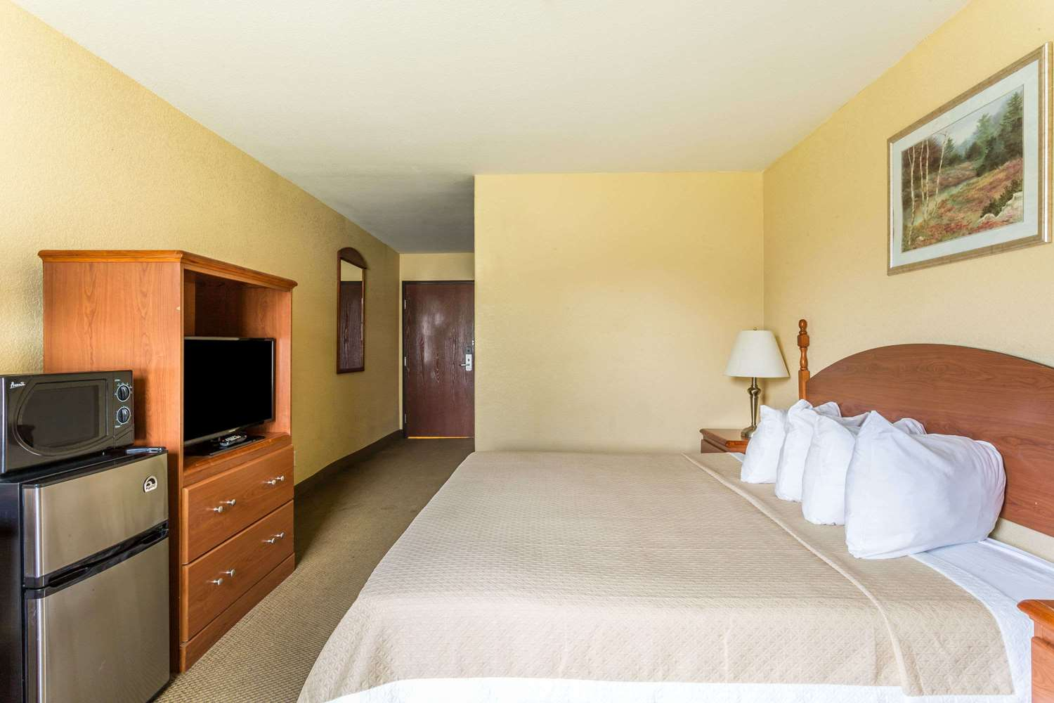 Room - Days Inn Houma