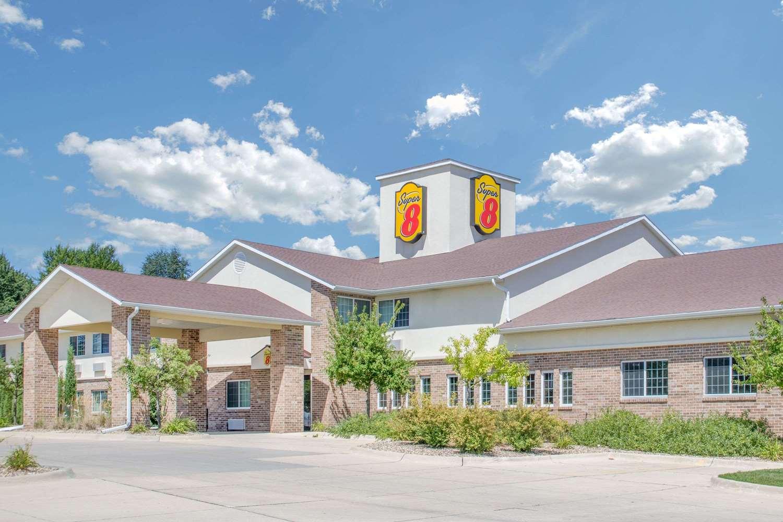 Exterior view - Super 8 Hotel Cedar Falls