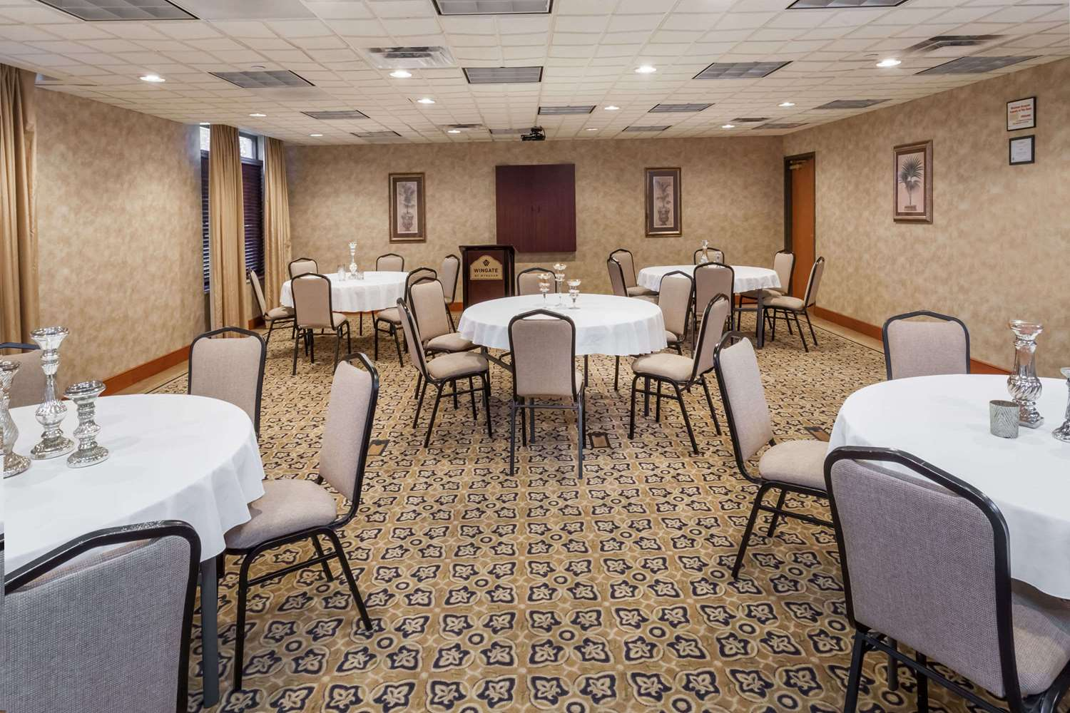 Meeting Facilities - Wingate by Wyndham Hotel Peoria