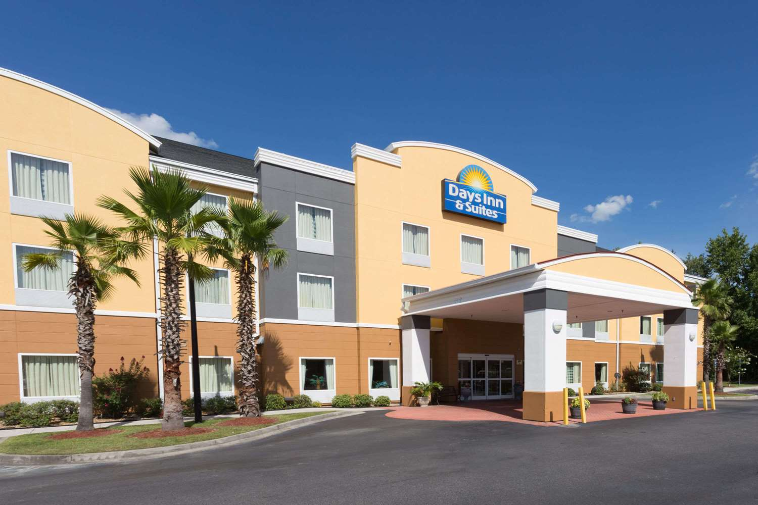 Exterior View Days Inn Suites Port Wentworth