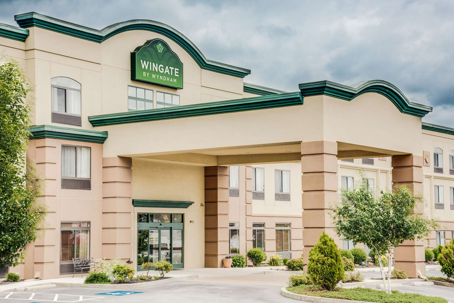 Exterior view - Wingate by Wyndham Hotel York