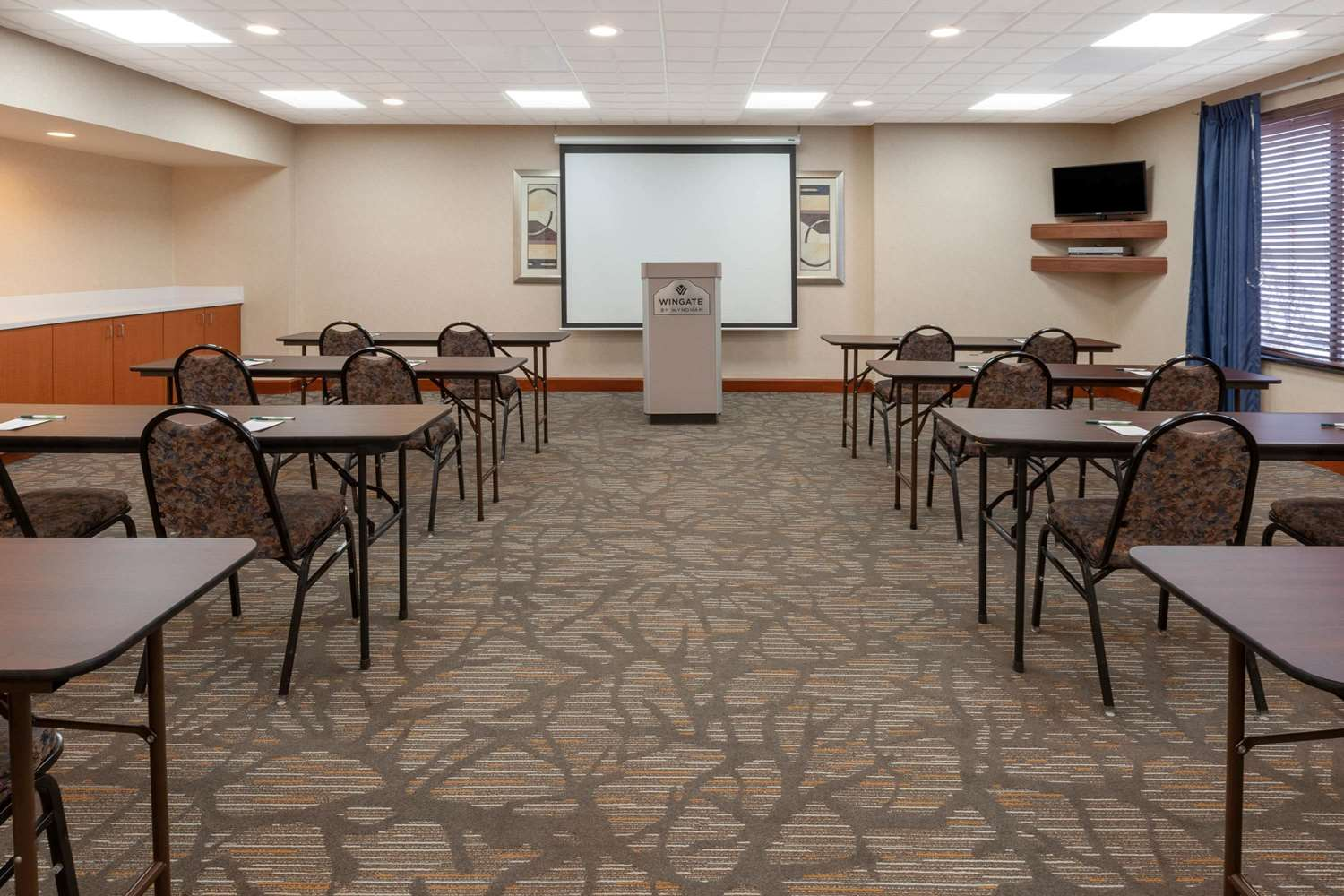Meeting Facilities - Wingate by Wyndham Hotel Erie