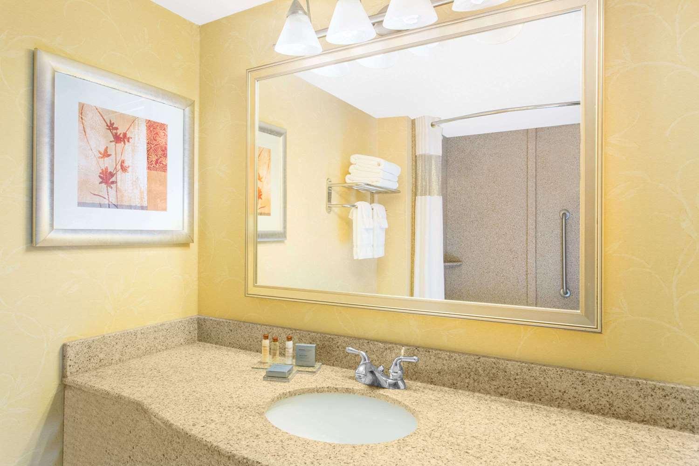 Room - Wingate by Wyndham Hotel Airport Savannah