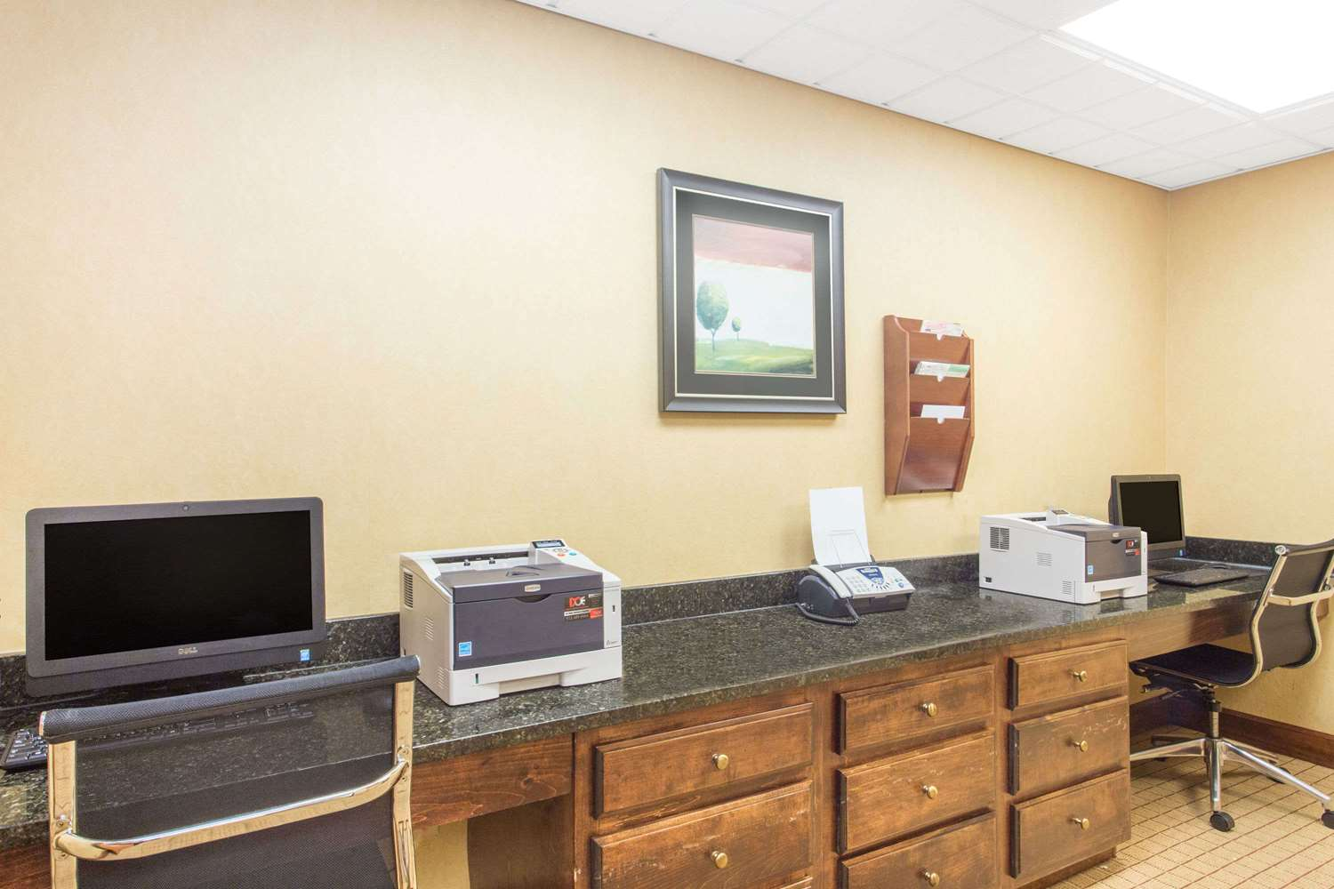 Conference Area - Wingate by Wyndham Hotel Airport Savannah