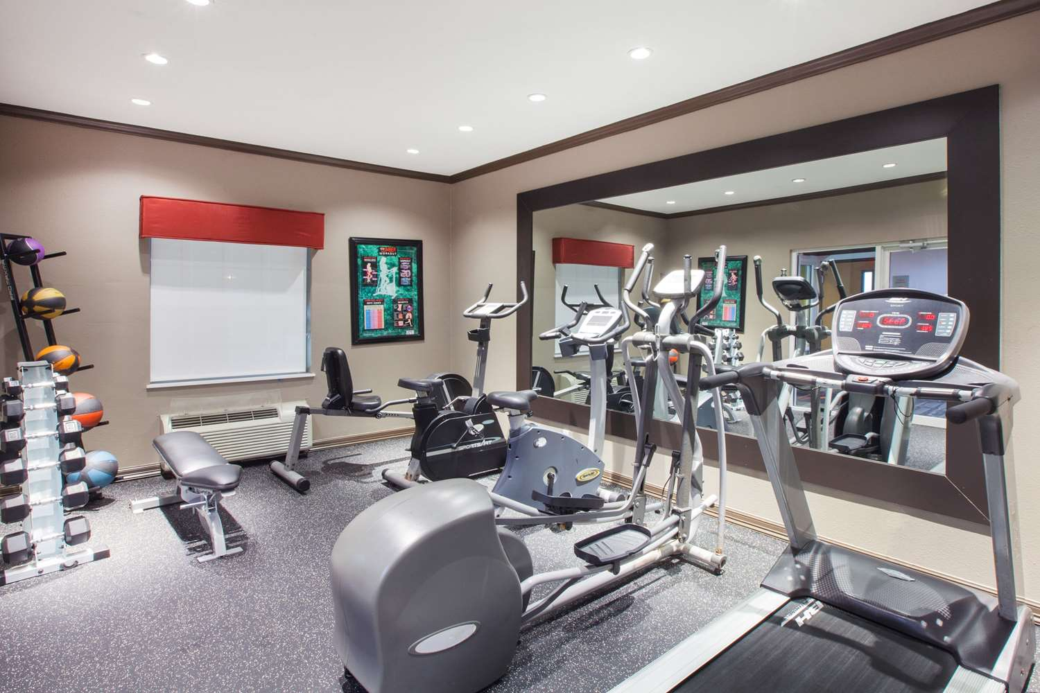 Fitness/ Exercise Room - Hawthorn Suites by Wyndham Corpus Christi