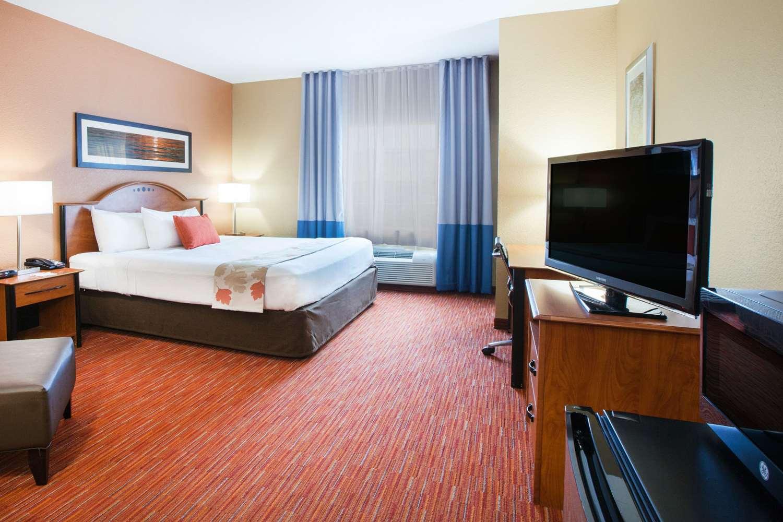 Room - Hawthorn Suites by Wyndham Corpus Christi