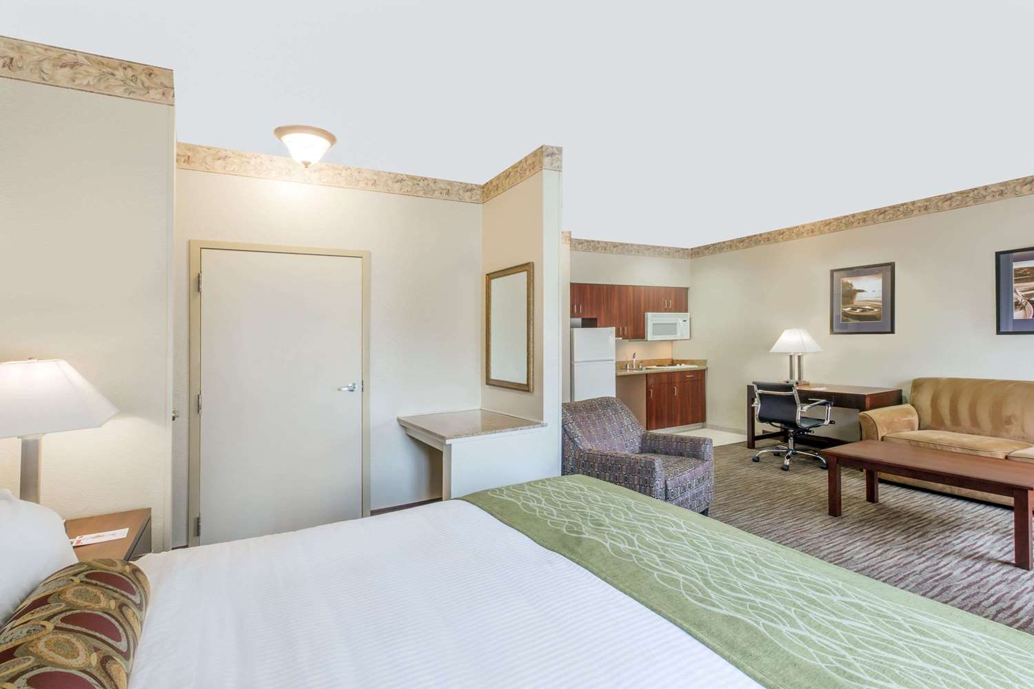 Suite - Hawthorn Suites by Wyndham Gold River Rancho Cordova