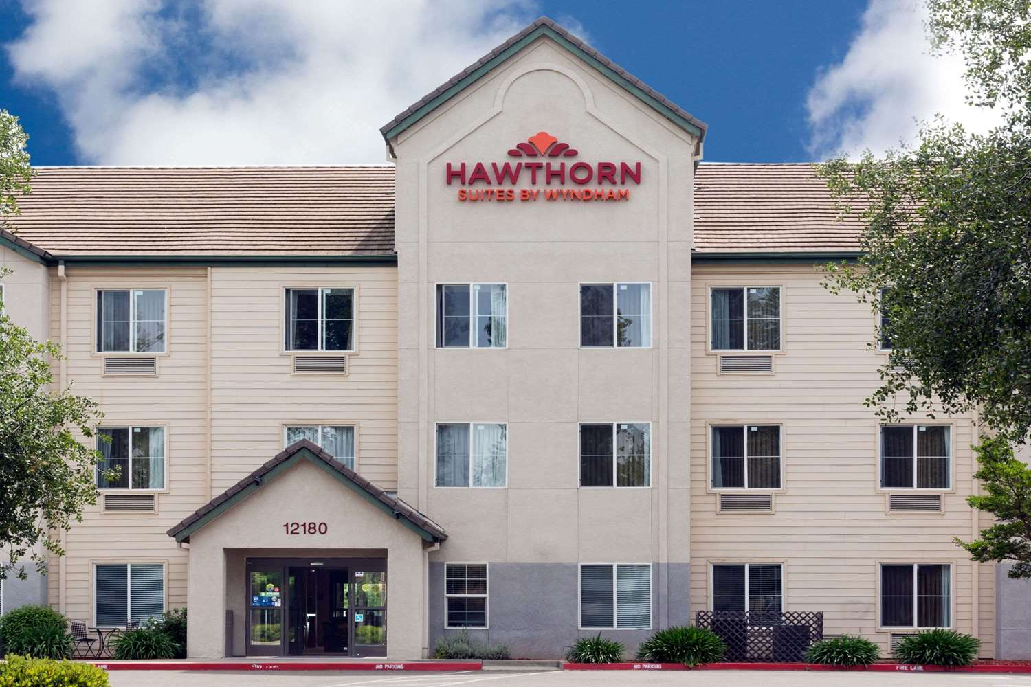 Exterior view - Hawthorn Suites by Wyndham Gold River Rancho Cordova