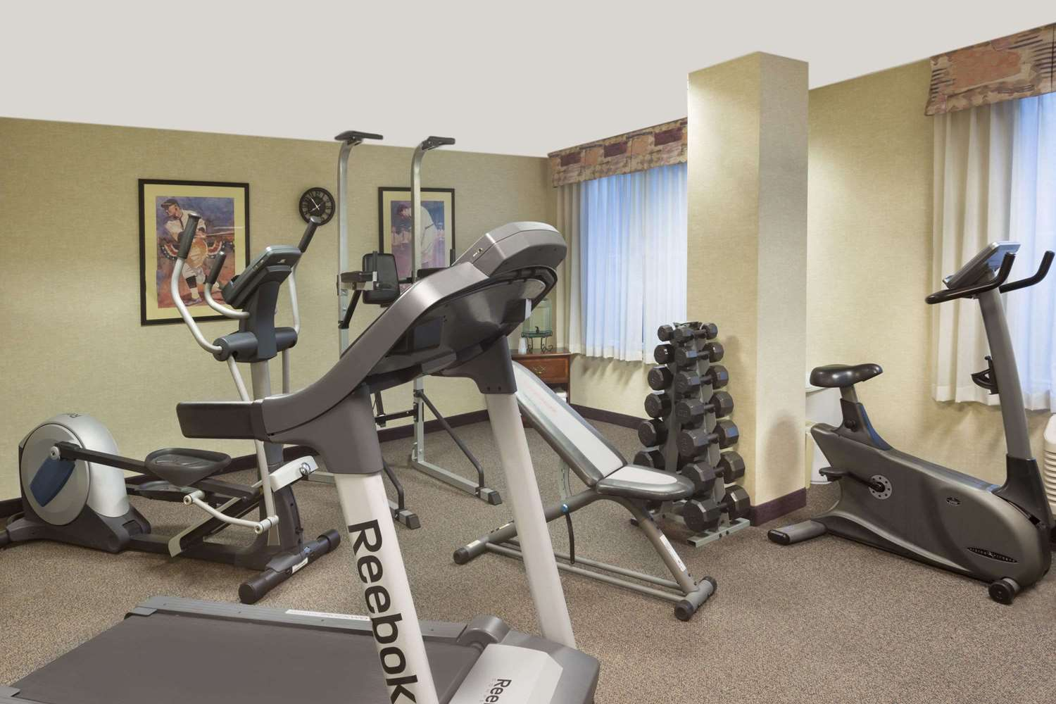 Fitness/ Exercise Room - Hawthorn Suites by Wyndham Gold River Rancho Cordova