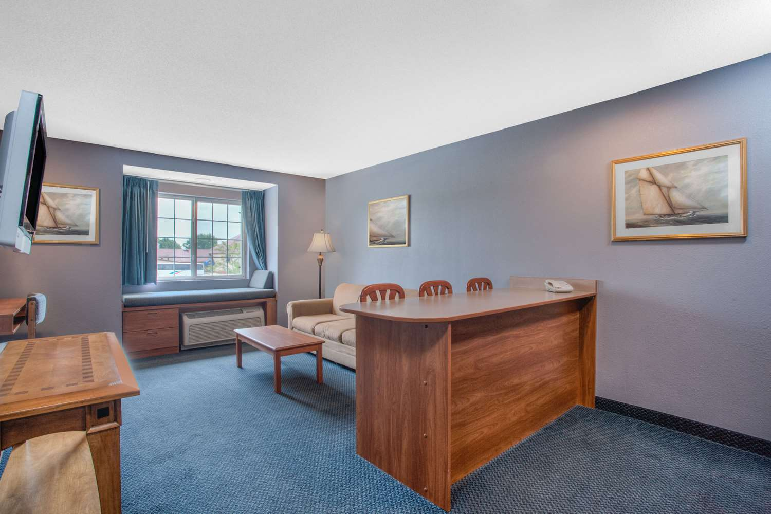 Suite - Microtel Inn & Suites by Wyndham Dover