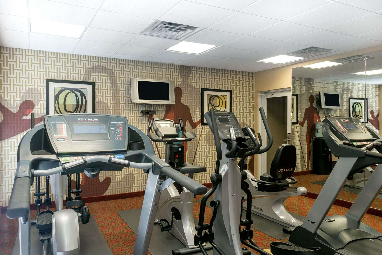 Fitness/ Exercise Room - Hawthorn Suites by Wyndham Kingsland