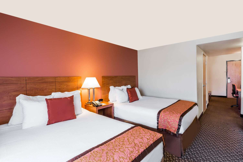 Room - Hawthorn Suites by Wyndham Alameda