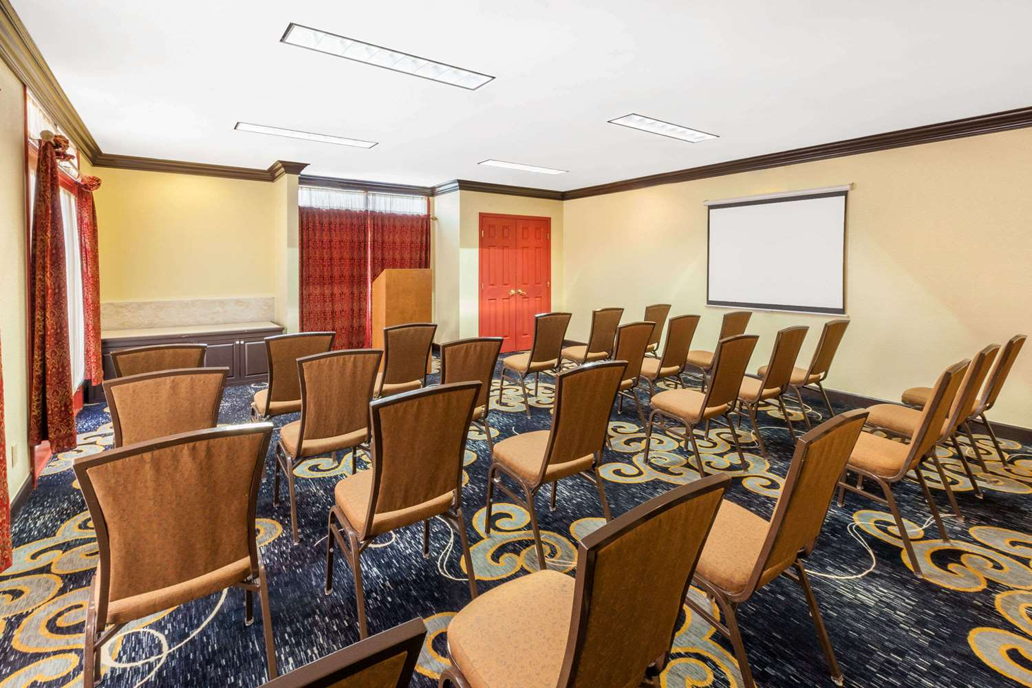 Meeting Facilities - Hawthorn Suites by Wyndham Warren