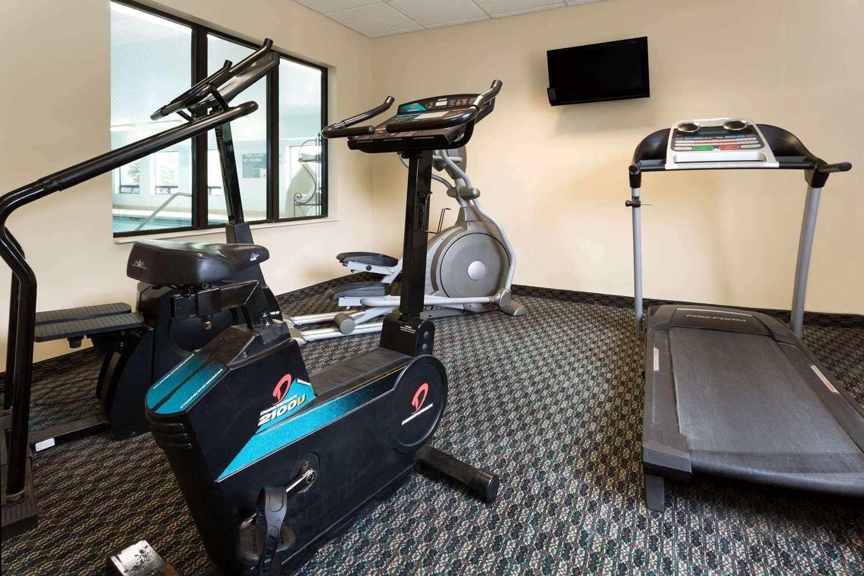 Fitness/ Exercise Room - Baymont Inn & Suites Mason