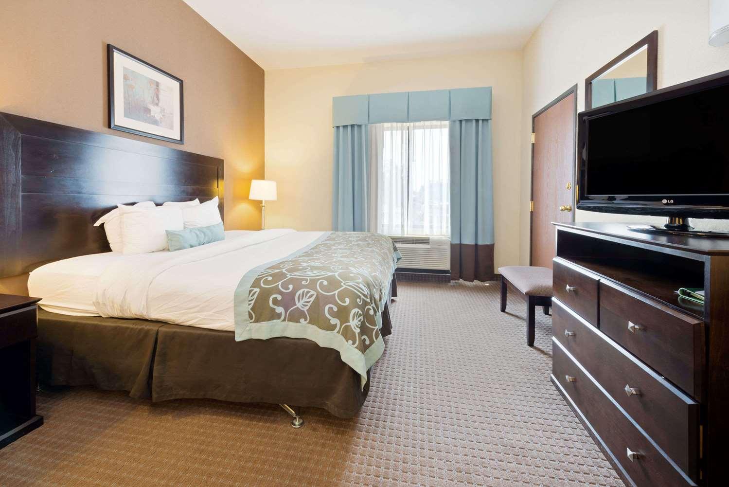 Room - Wingate by Wyndham Hotel Cincinnati Airport Erlanger