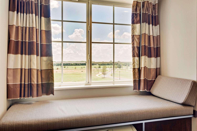 Room - Microtel Inn & Suites by Wyndham Perry