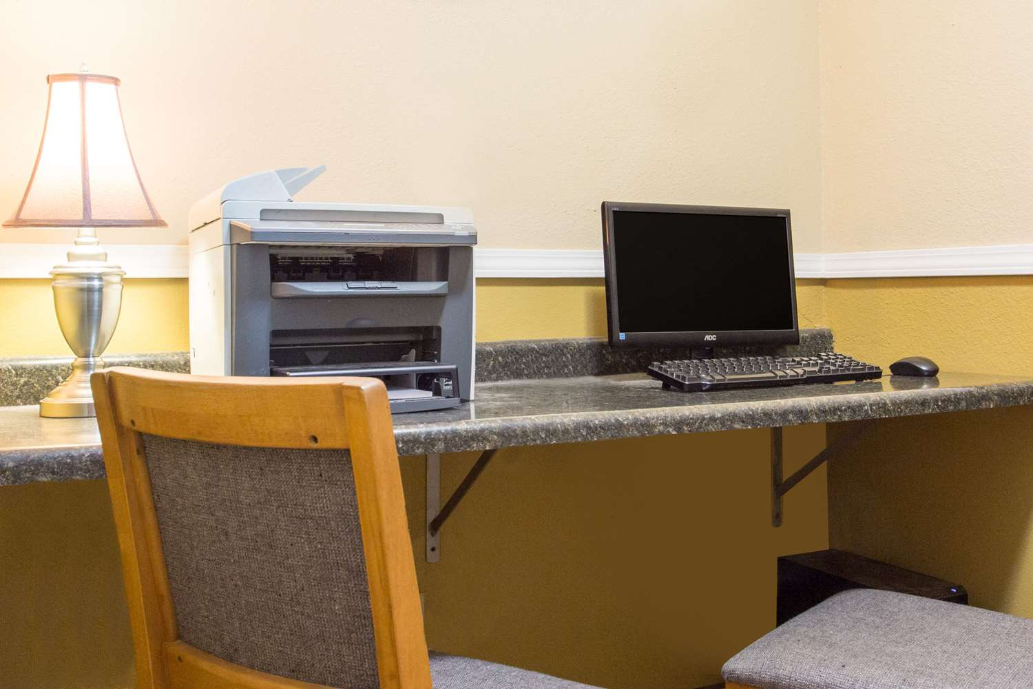 Conference Area - Baymont Inn & Suites Dubuque