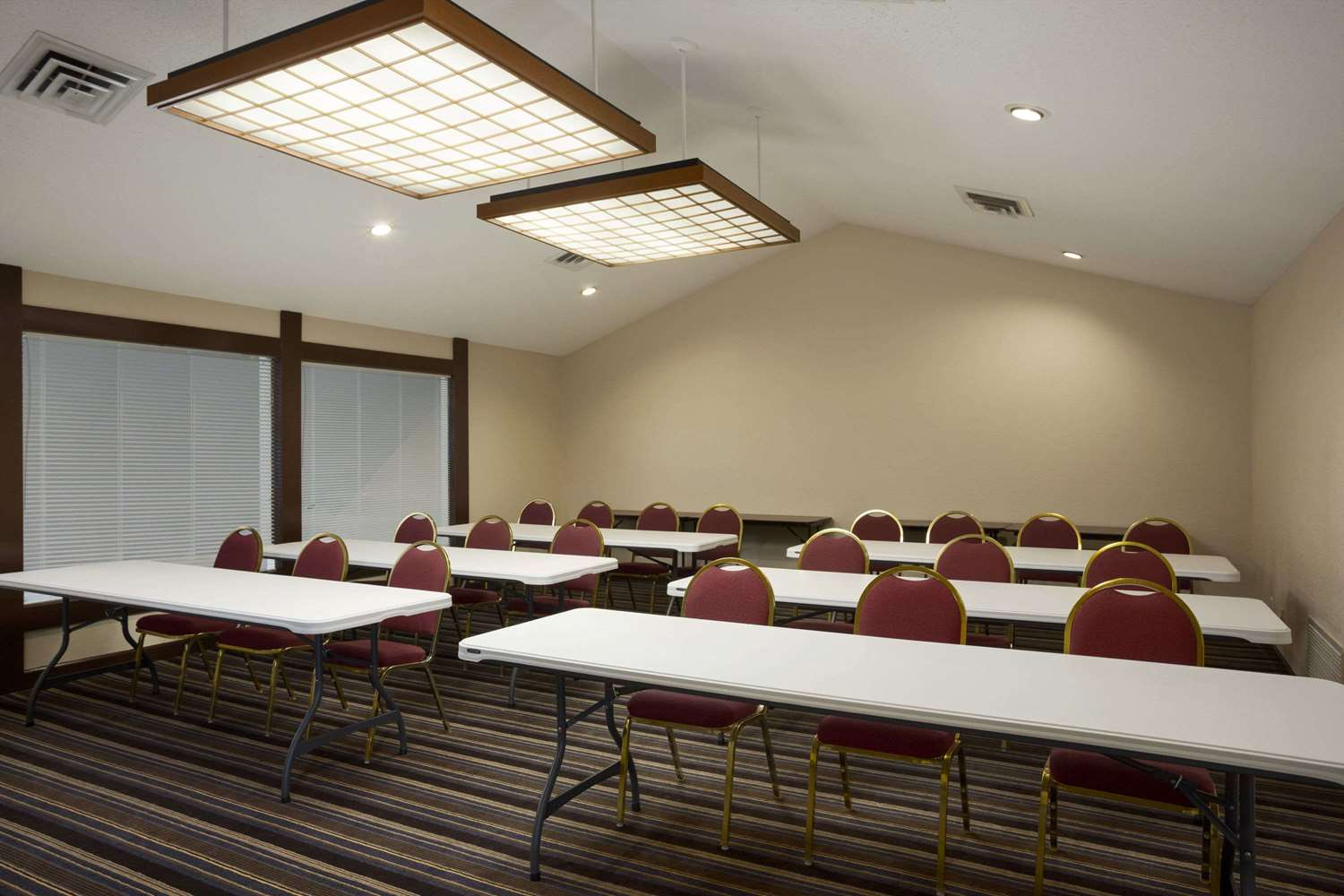 Meeting Facilities - Hawthorn Suites by Wyndham Grand Rapids