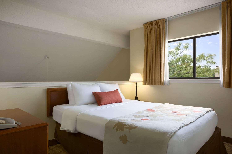 Suite - Hawthorn Suites by Wyndham Grand Rapids