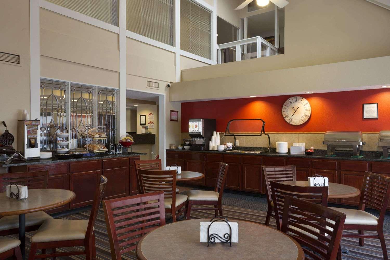 proam - Hawthorn Suites by Wyndham Grand Rapids