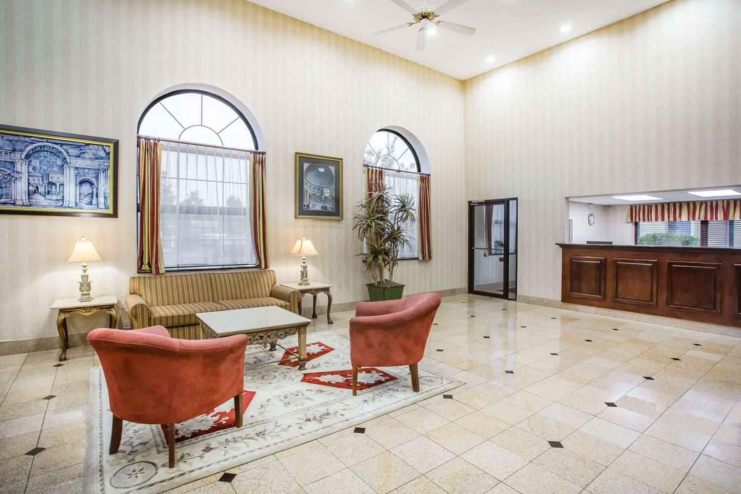 Lobby - Days Inn & Suites Columbia Airport West Columbia