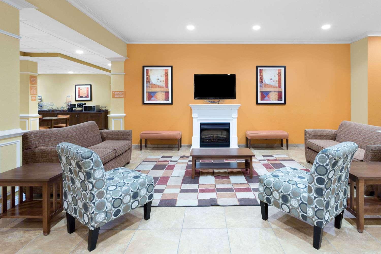 Lobby - Microtel Inn & Suites by Wyndham Greenville