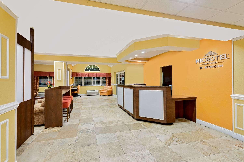 Lobby - Microtel Inn & Suites by Wyndham Princeton