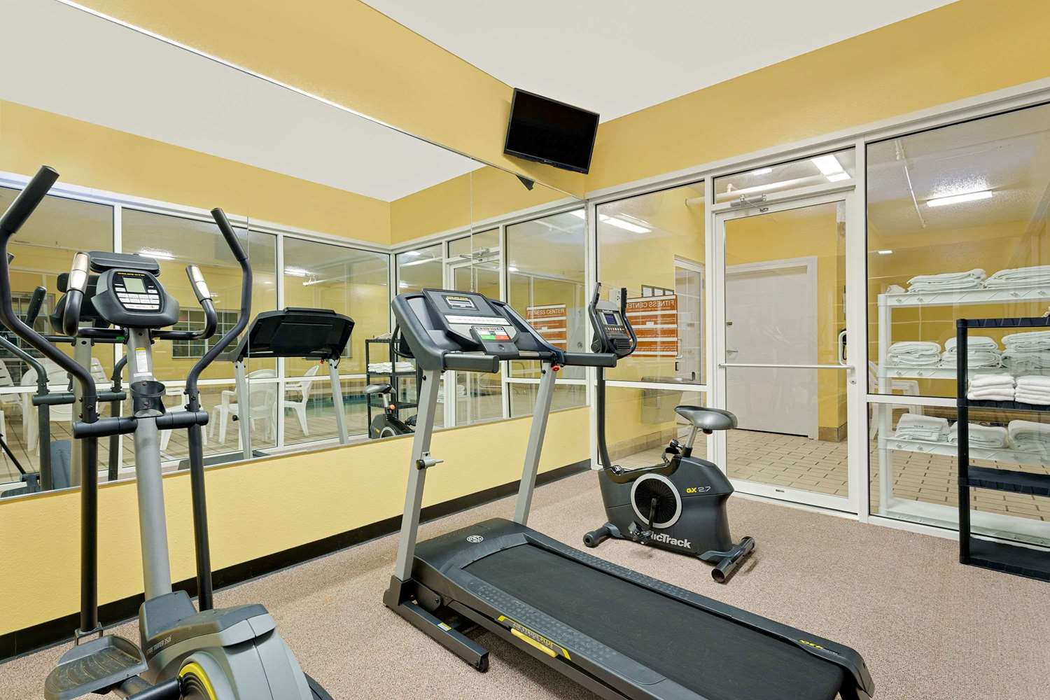 Fitness/ Exercise Room - Microtel Inn & Suites by Wyndham Princeton