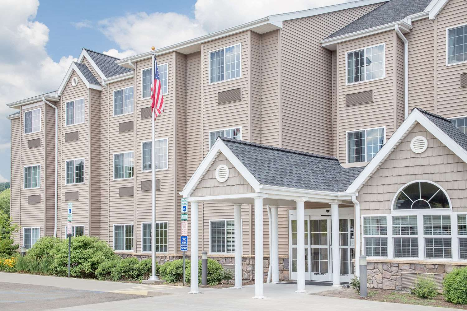 Exterior view - Microtel Inn & Suites by Wyndham Mansfield
