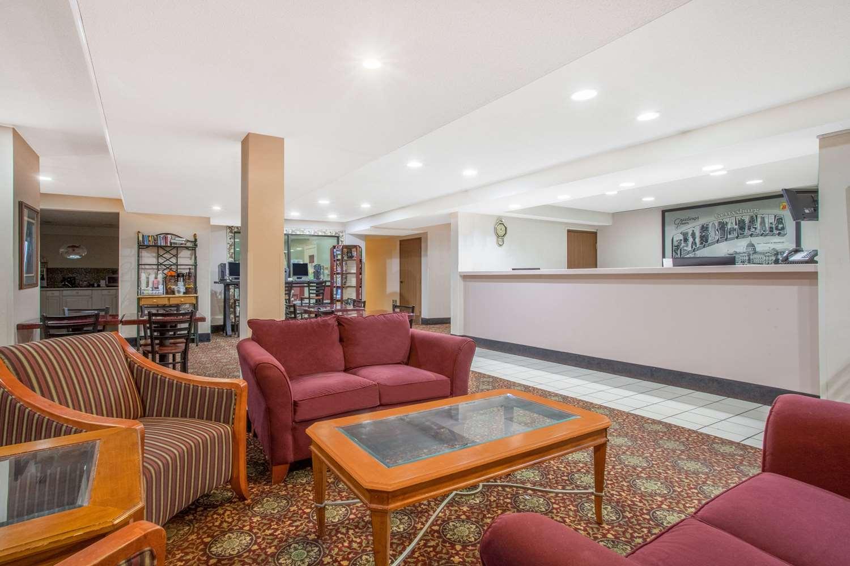 Lobby - Super 8 Hotel Gettysburg