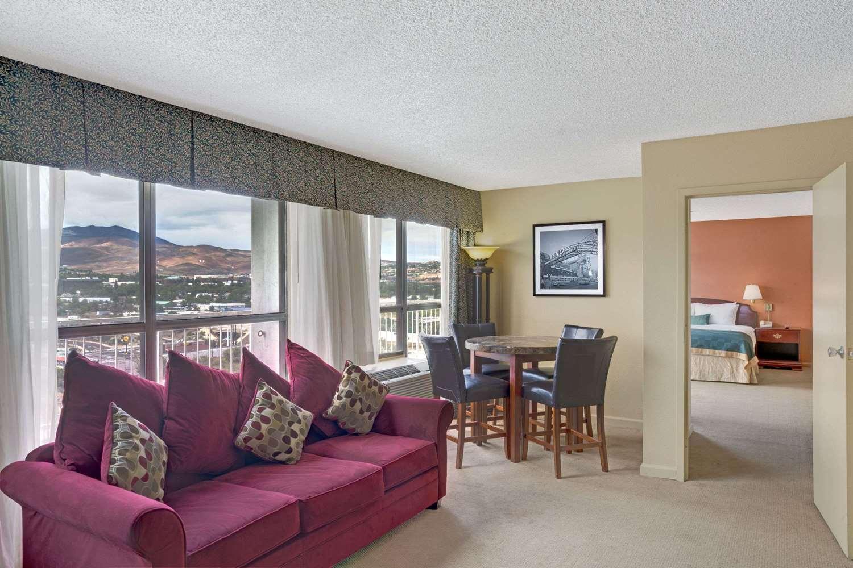 Suite - Ramada Hotel & Casino Reno
