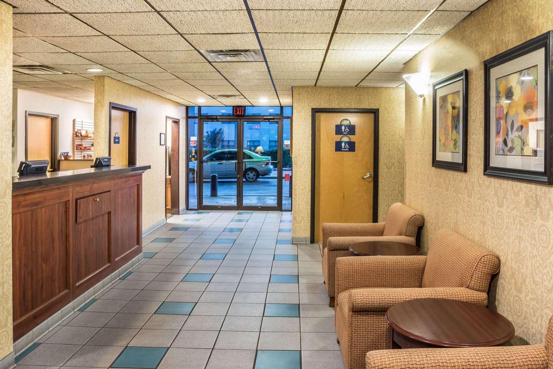 Lobby - Days Inn Expressway Killeen
