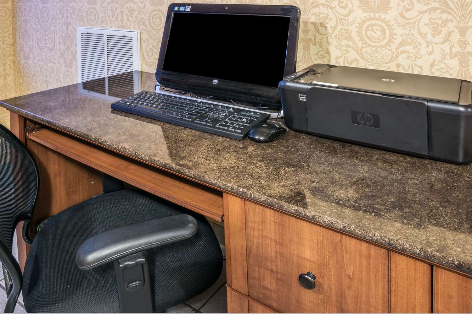 Conference Area - Days Inn Expressway Killeen