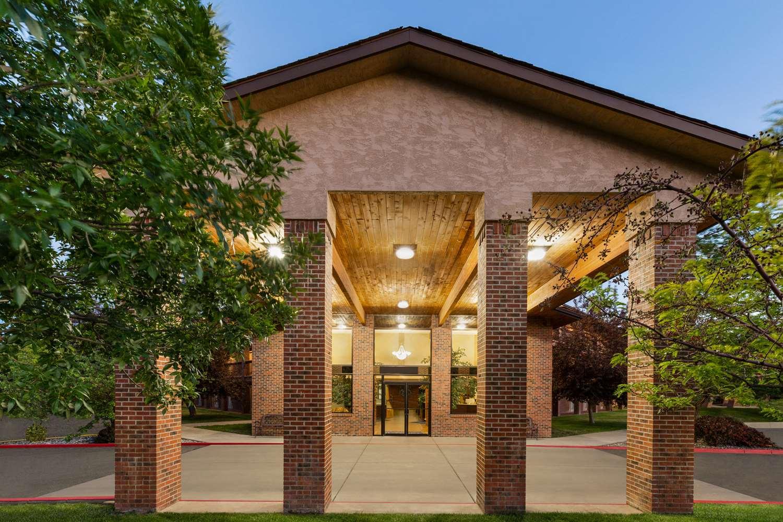 Exterior view - Baymont Inn & Suites Cortez