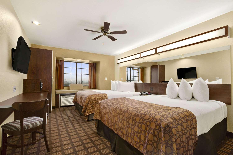 Room - Microtel Inn & Suites by Wyndham Round Rock