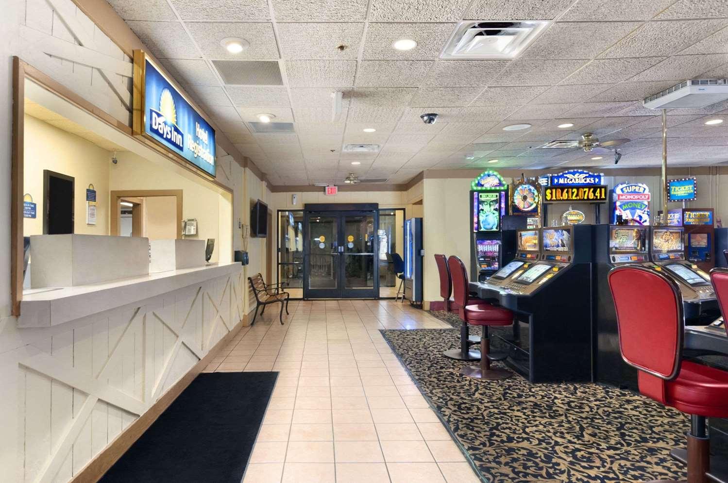 Lobby - Days Inn Las Vegas at Wild Wild West Gambling Hall