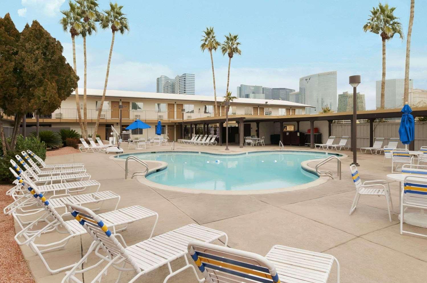 Pool - Days Inn Las Vegas at Wild Wild West Gambling Hall