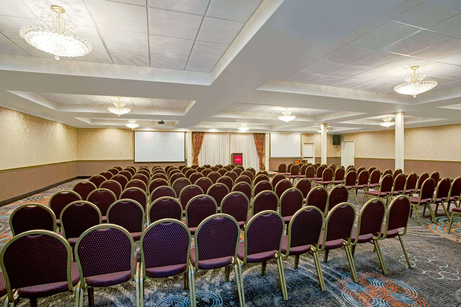 Meeting Facilities - Ramada Hotel Convention Center Los Angeles
