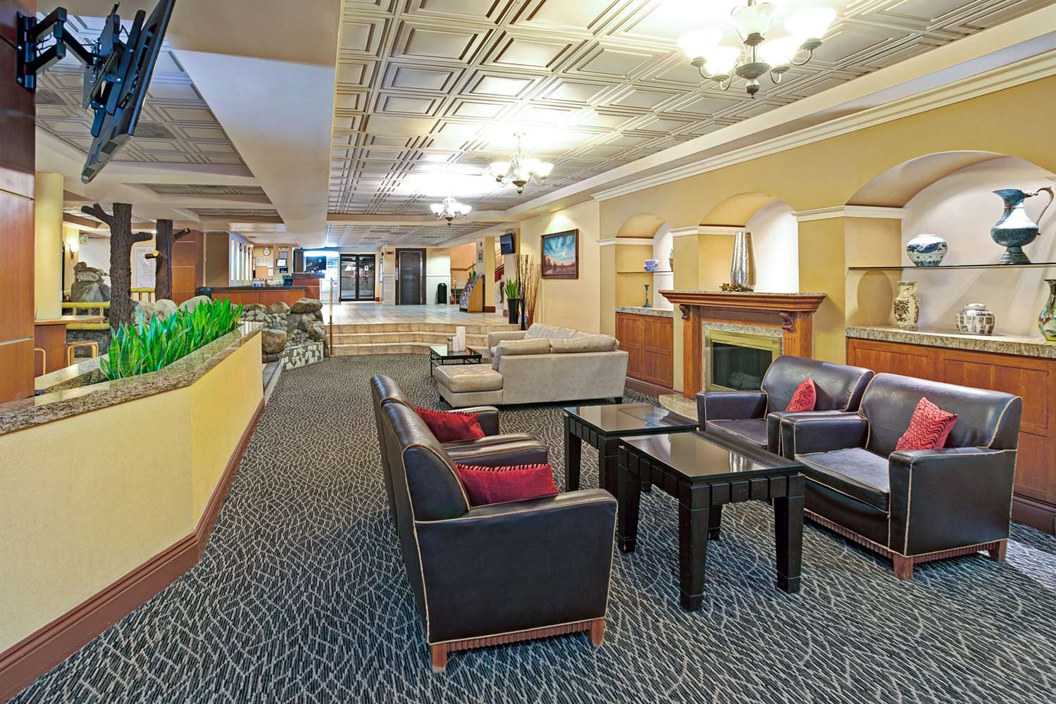 Ramada Hotel Convention Center Los Angeles, CA - See Discounts