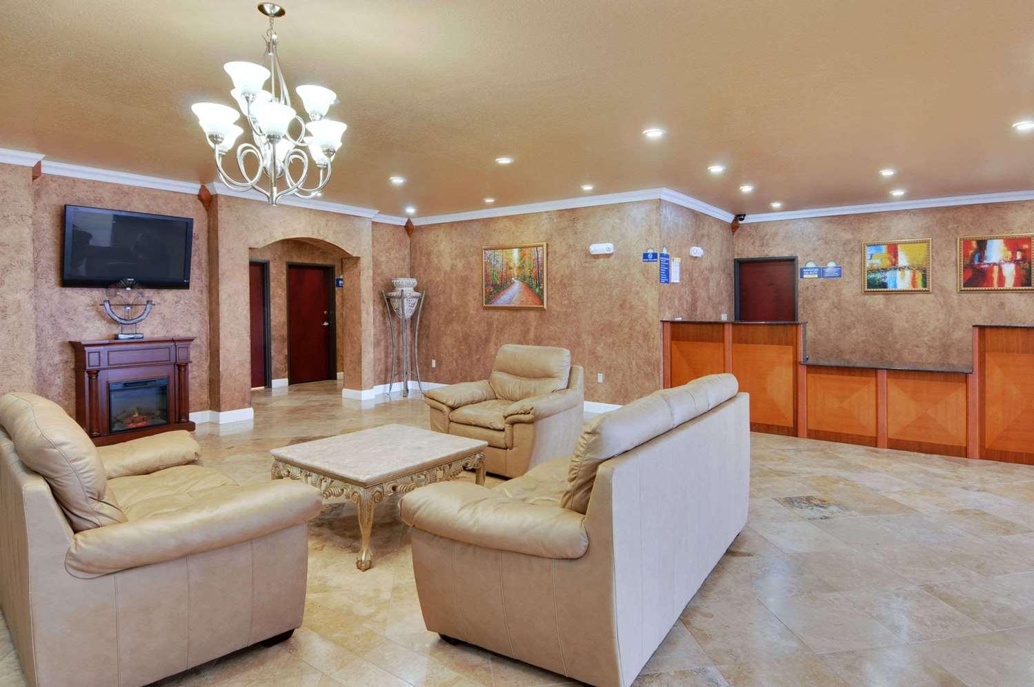 Lobby - Days Inn & Suites McAlester