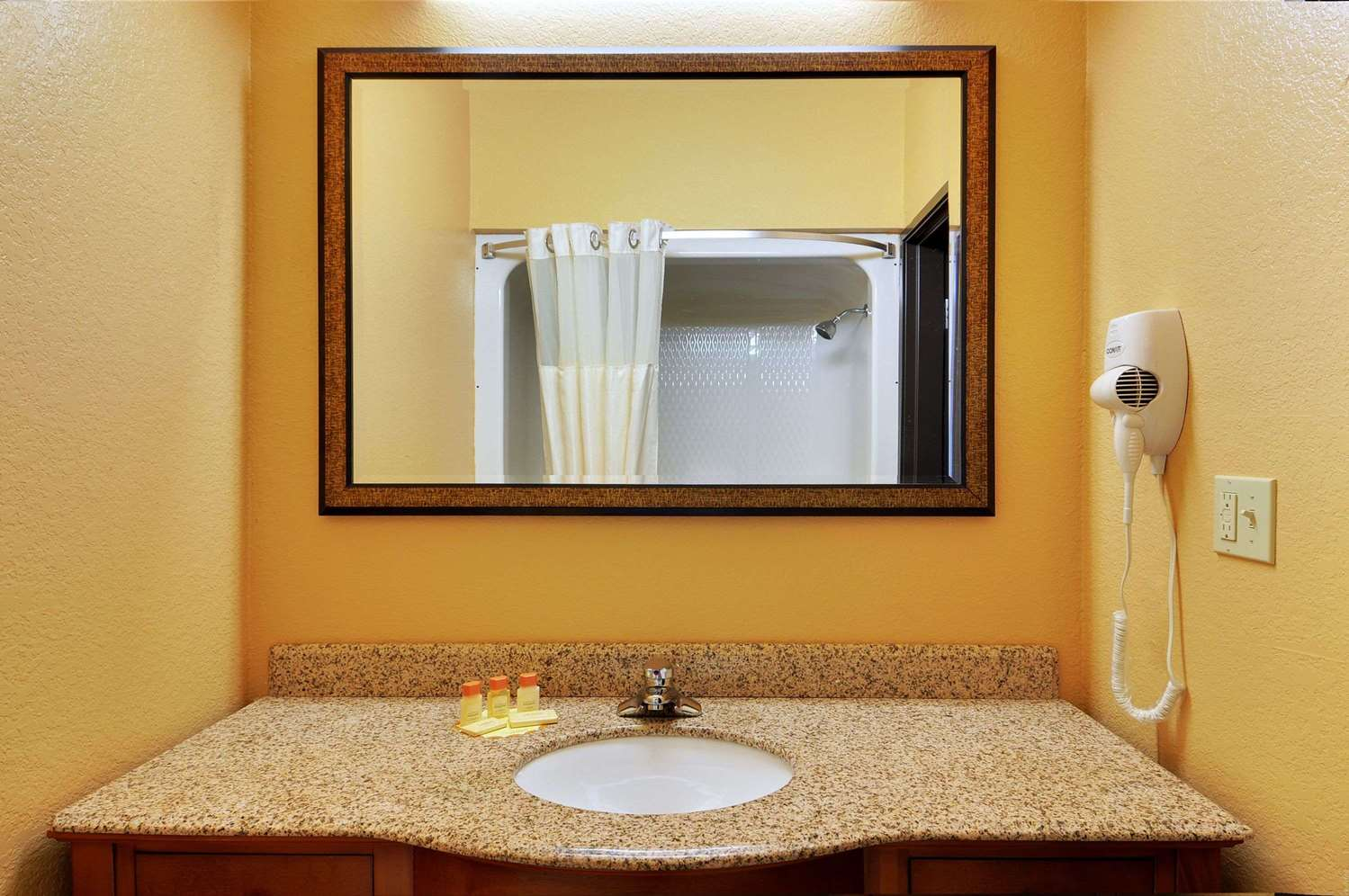 Other - Days Inn & Suites McAlester