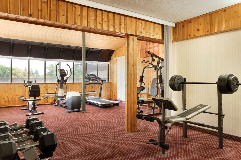 Fitness/ Exercise Room - Travelodge Lethbridge