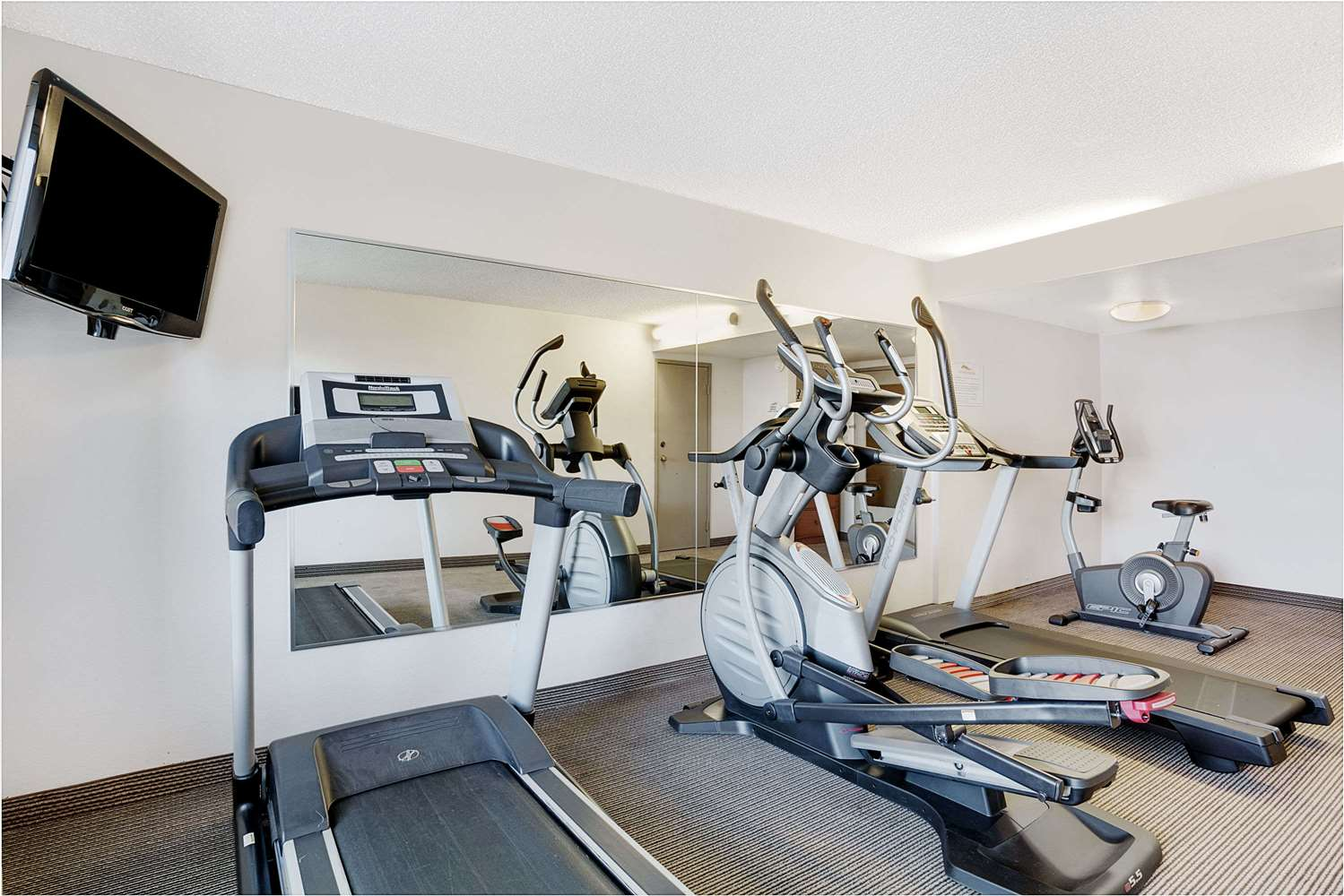 Fitness/ Exercise Room - Baymont Inn & Suites Airport Reno